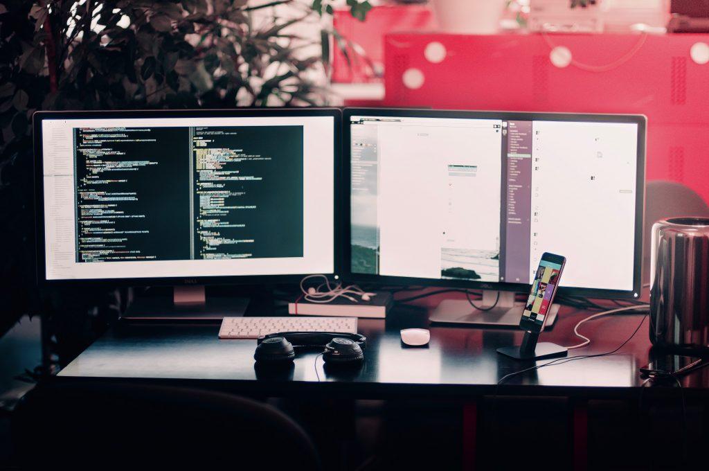 Website development en growth marketing: lines of code